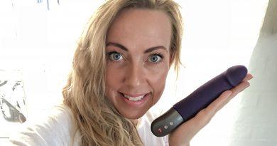 Realistisk dildo pulsator, der kan og vil selv