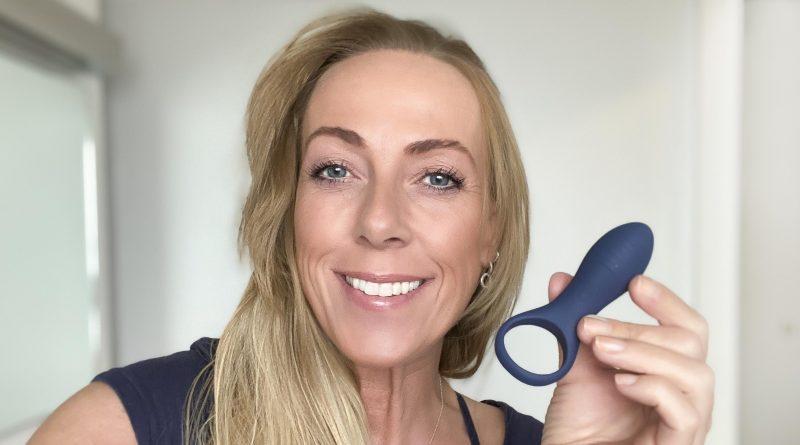 Større penis med dansk penisring med vibrator